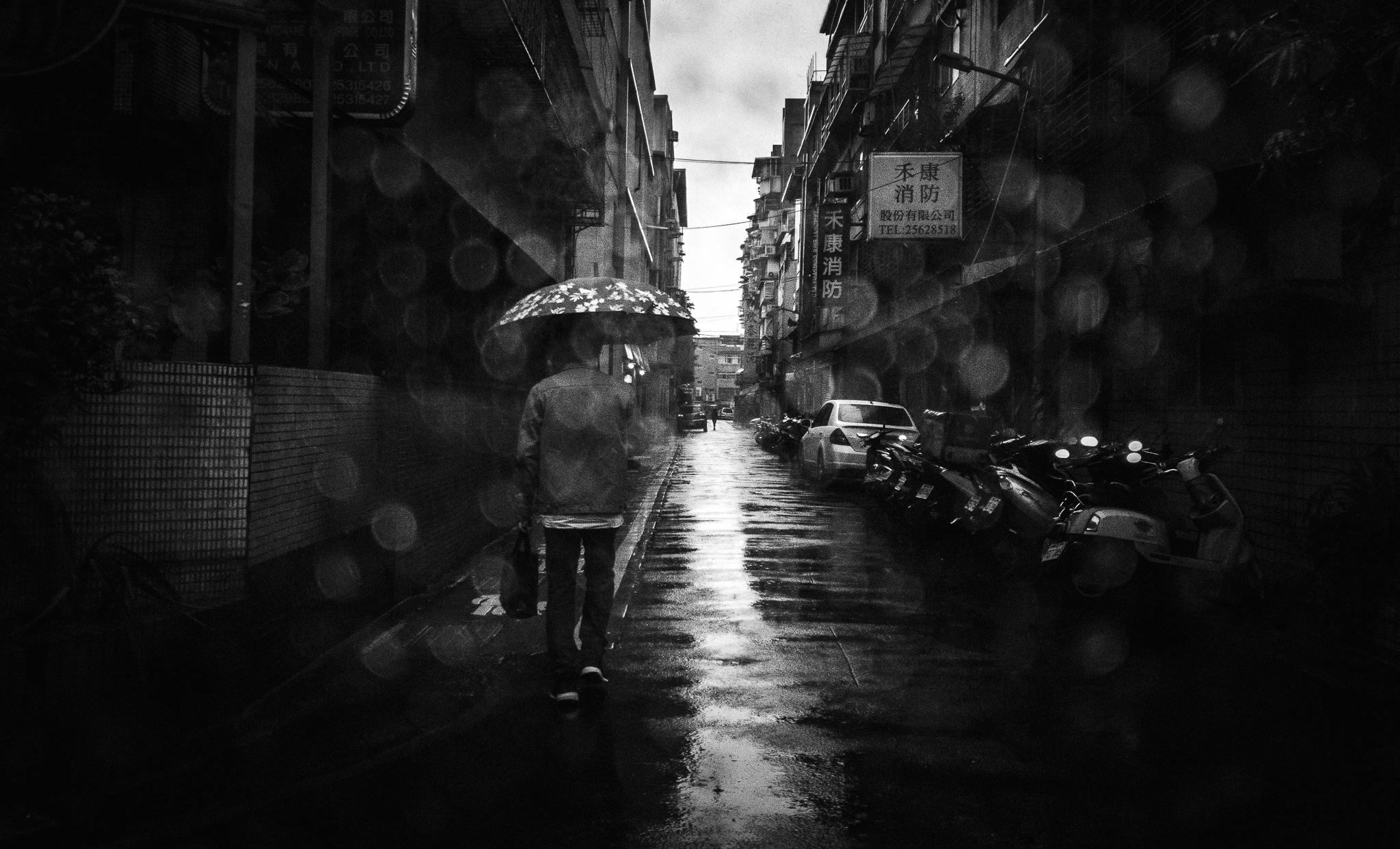 Can you do street photography on a phone? — Teemusphoto.com